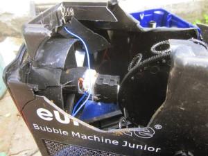 bubble_machine_junior_kaputtes_gehaeuse